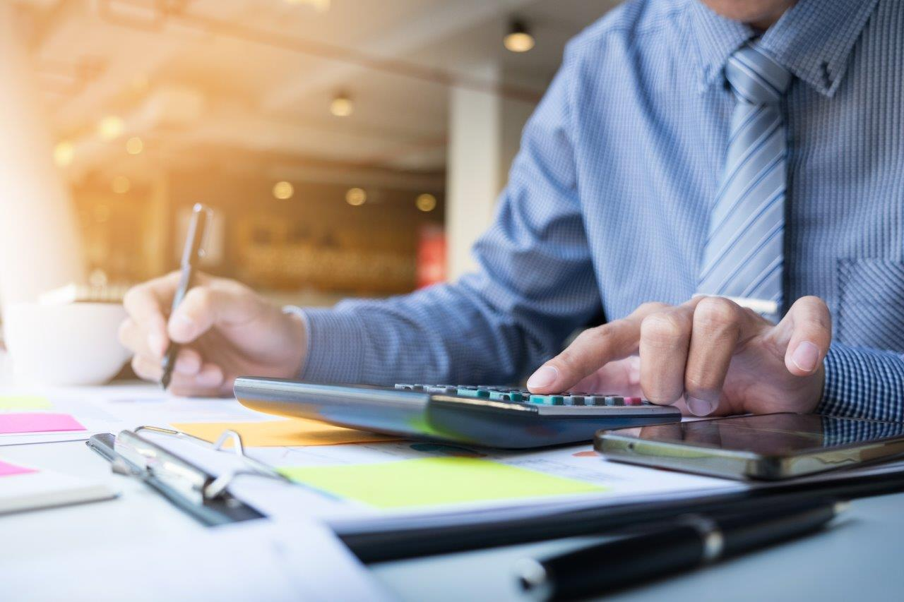 4 Best Tips on Managing Your Taxes