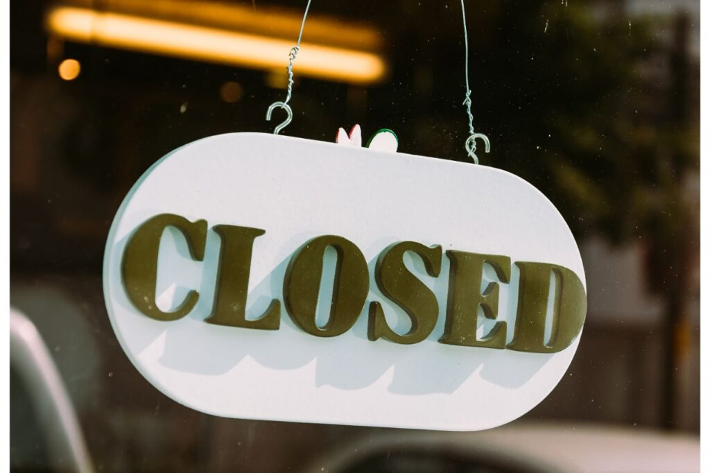 Closed sign on the door of a business