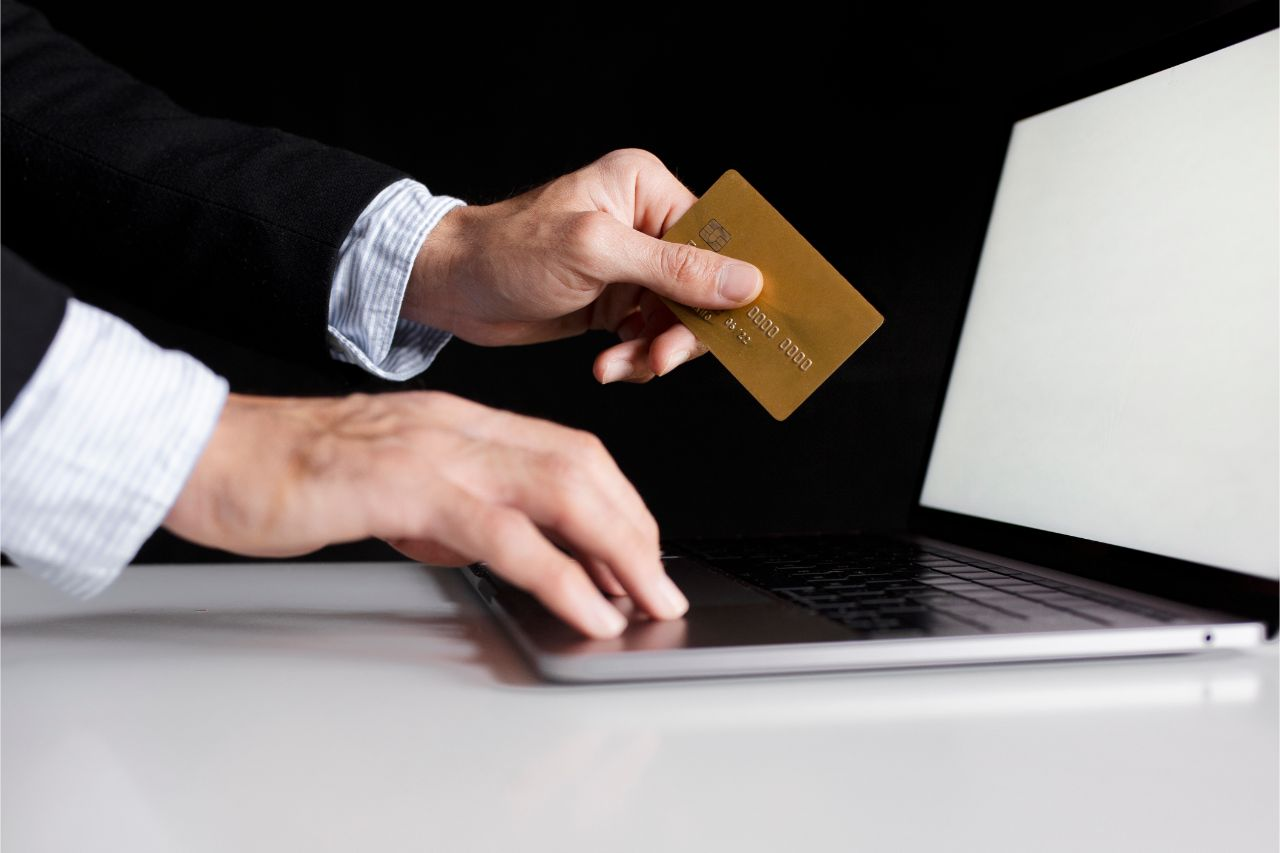 What to Consider Before Applying for a Credit Card